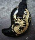 龍彫オニキス勾玉ネックレス(金色)