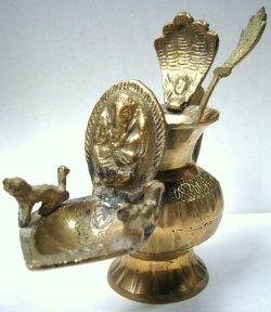 画像1: 真鍮製 ガネーシャのオイルランプ